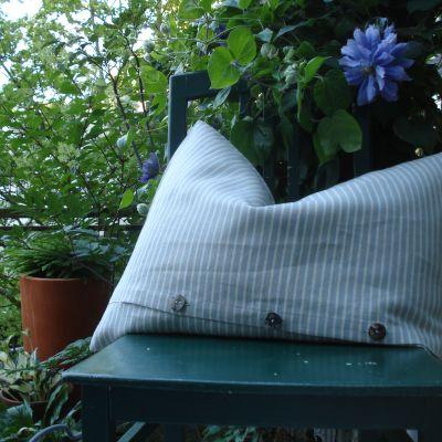 leinen kissen bregenz blau wei lang leinenonline simone br utigam. Black Bedroom Furniture Sets. Home Design Ideas